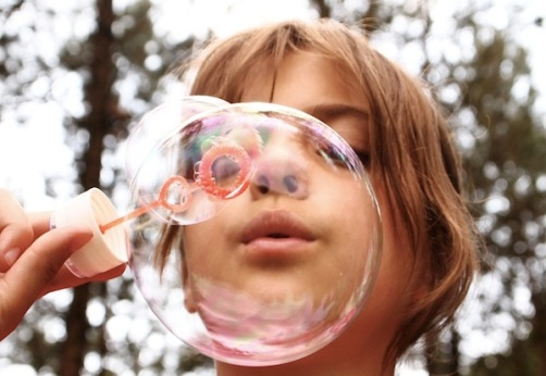 blow-bubbles-668950_960_720